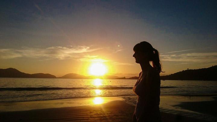 Nascer do Sol na praia da Fortaleza Ubatuba