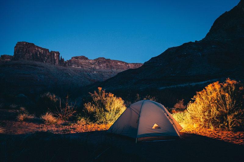 Lista de alimentos para acampamentos e trilhas