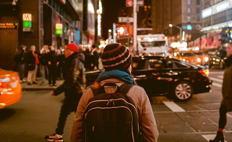 Viajar verde escolhendo o transporte menos prejudicial