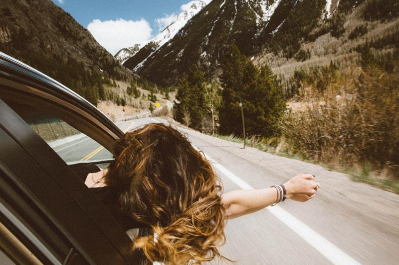 como achar seguro viagem barato e bom