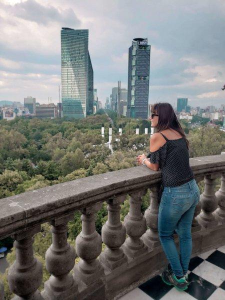 vista da Cidade do México e da área verde do bosque do Castelo de Chapultepec