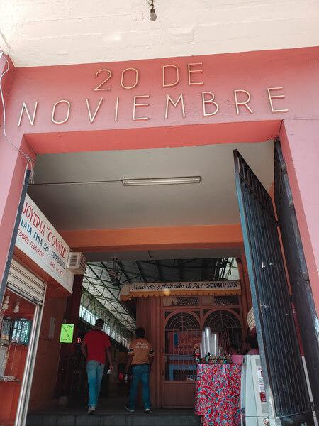 entrada do mercado 20 de noviembre em oaxaca