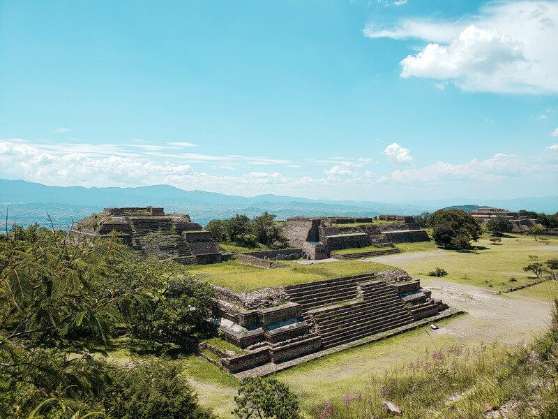vista linda da zona arqueologica monte
