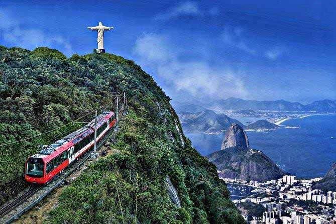 trem que vai até o Cristo Redentor