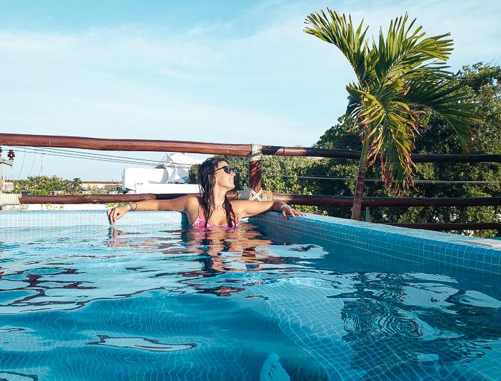 Piscina de hostel em Playa del Carmen