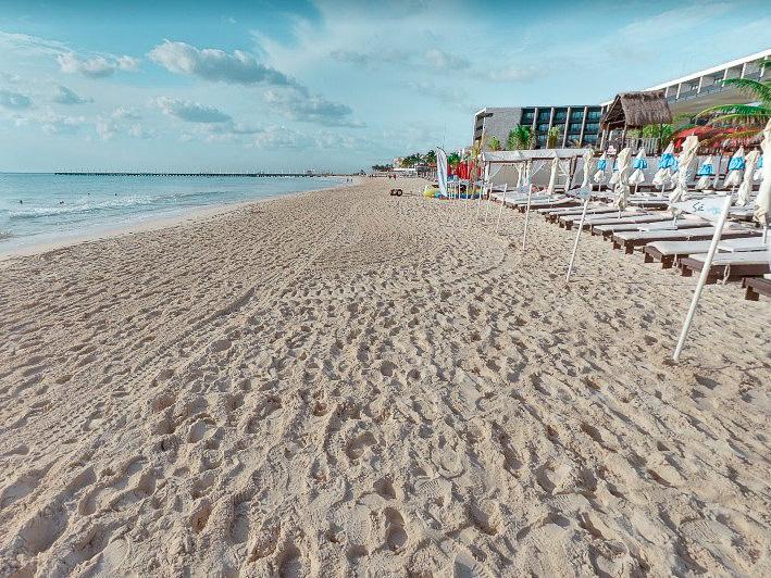 Clubes de praia na Playa Mamitas