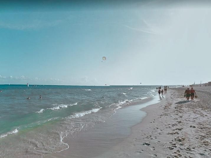 Praia no complexo turístico de Playacar