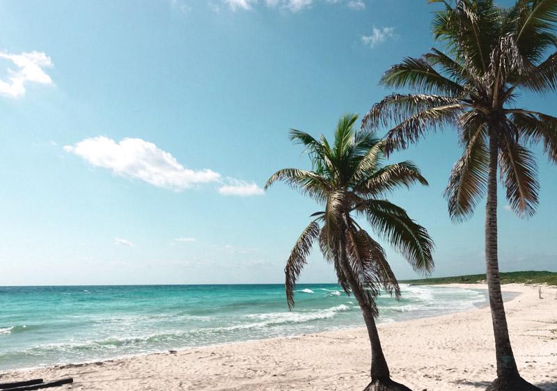 Praia da costa leste de Cozumel México