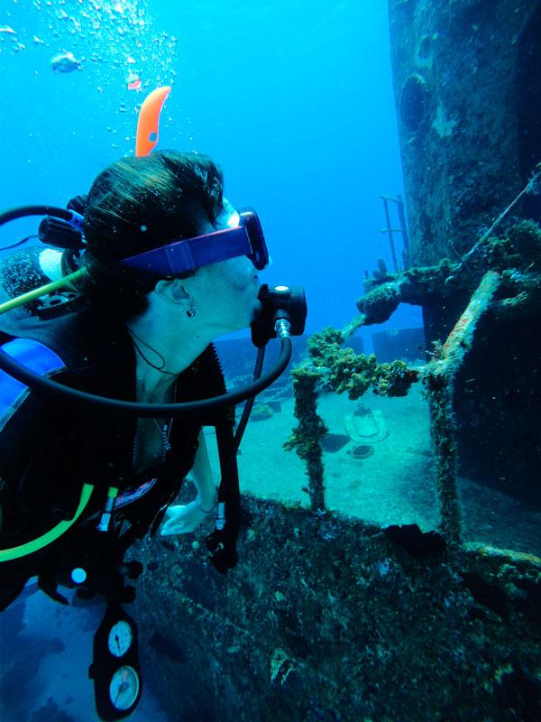 Mergulho em Navio Naufragado em Cozumel