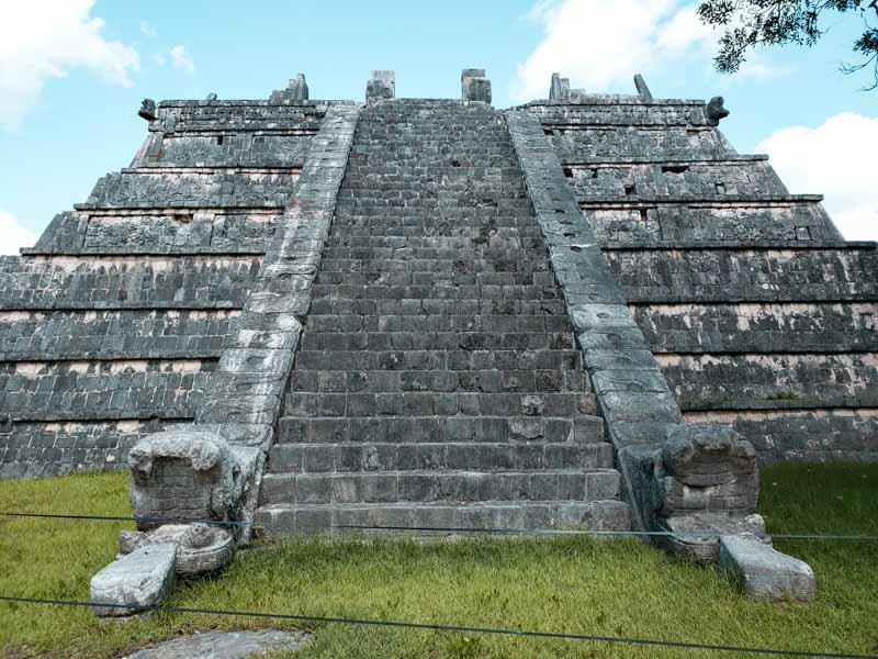 Templo del Osario em Chichén itzá México