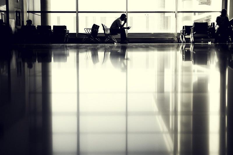 esperar no aeroporto