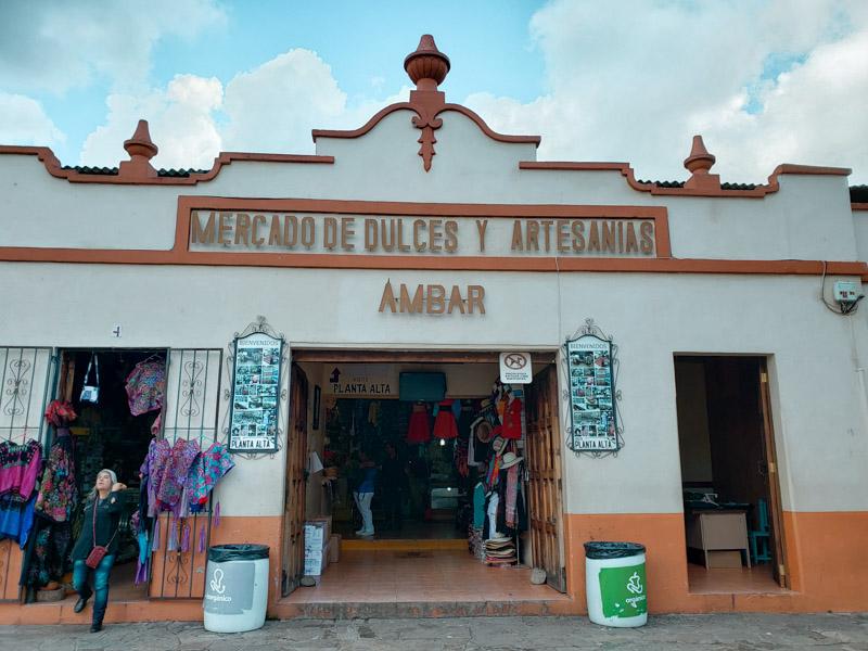 Mercado de Dulces y Artesanais San Cristóbal de las Casas México
